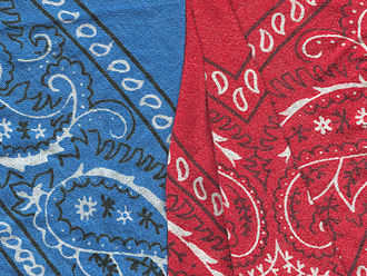Kerchief - Image: Red and blue bandannas