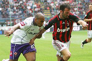 Reginaldo (footballer, born 1983) - Reginaldo (left) vs. Giuseppe Favalli