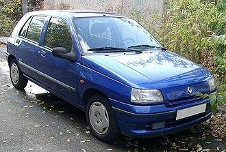 Renault Clio - Phase 2 Clio (1994–96)