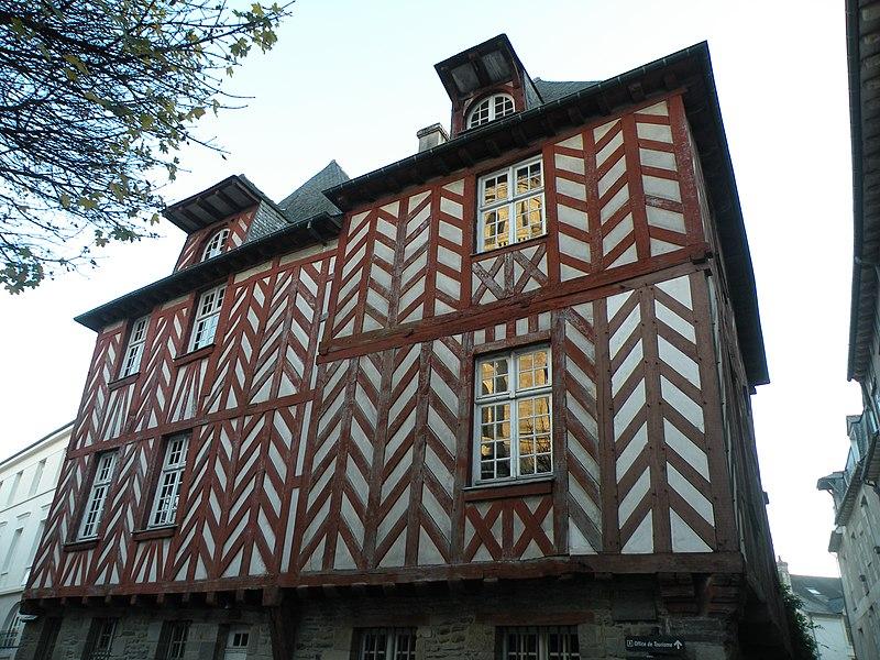 Fichier:Rennes Maison de la Chouette-01.jpg