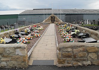 Milltown Cemetery attack - The republican plot at Milltown Cemetery, Michael Stone's target