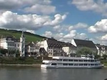 Файл:RheinBeiRüdesheim2008Video.ogv