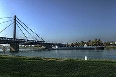 Rheinbrücke bei Maxau - panoramio (2).jpg