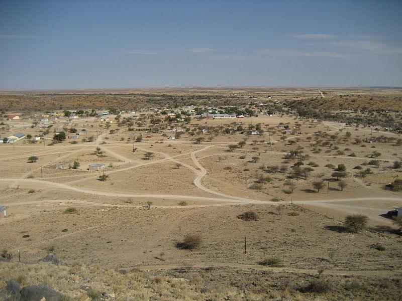 File:Rietoog Namibia.jpg