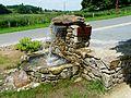 Rilhac-Lastours fontaine.jpg