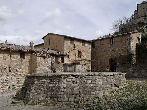 Piazza Cisterna, Rocca d'Orcia
