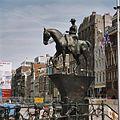 Ruiterstandbeeld van koningin Wilhelmina - Amsterdam - 20362367 - RCE.jpg