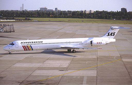 SAS McDonnell Douglas MD-81 (DC-9-81) OY-KHO KvW-1