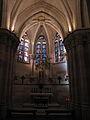 Sagrada-Familia - Krypta - Einzelkapelle-im-Rundgang.JPG