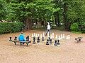 Saint-Amand-en-Puisaye-FR-58-jeu d'échecs-a1.jpg