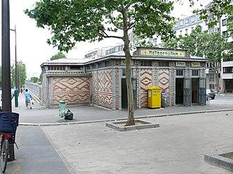 Saint-Jacques (Paris Métro) - Image: Saint Jacques édicule