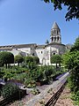 Saintes (17) Église abbatiale Sainte-Marie-aux-Dames - Extérieur - Chevet 05.jpg