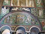 San vitale, ravenna, int., presbiterio, mosaici di sx 02 ospitalità di abramo e sacrificio di isacco 01.JPG