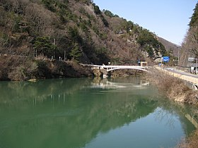 Sanseijibashi bridge.jpg