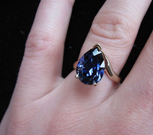 Sapphire ring photo by by katrinket
