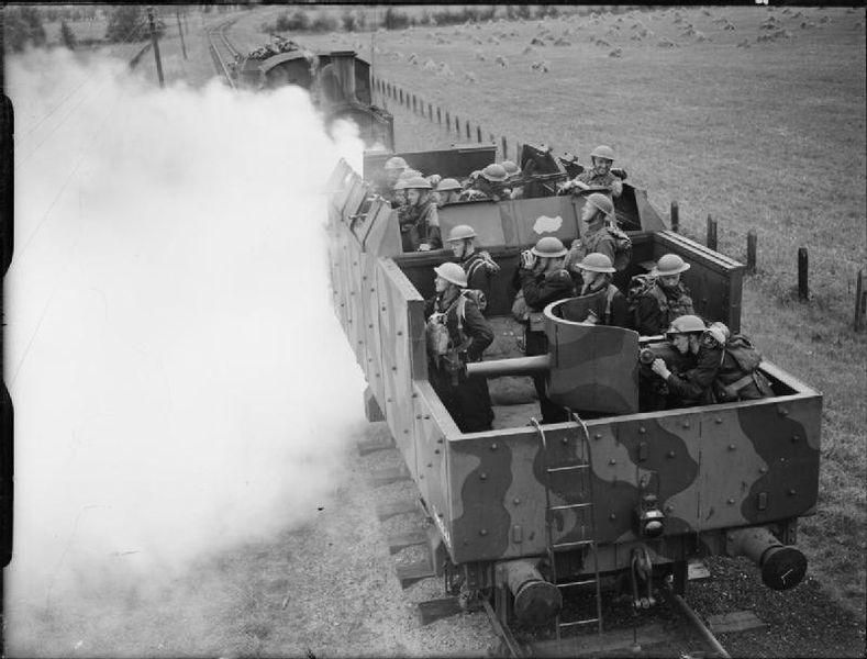 http://upload.wikimedia.org/wikipedia/commons/thumb/1/17/Saxmundham_armoured_train_1940.jpg/789px-Saxmundham_armoured_train_1940.jpg