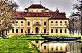 Schlosspark Oberschleißheim, Jagdschloss Lustheim, Westfassade (8679674137).jpg