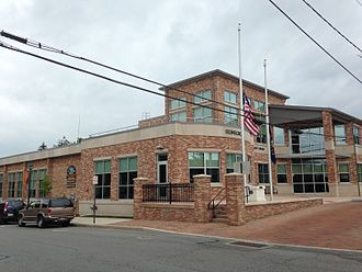 Selinsgrove, Pennsylvania - The borough building and library in Selinsgrove located on Pine Street.