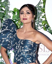Shilpa Shetty at the Wellfest awards 2018 (19).jpg