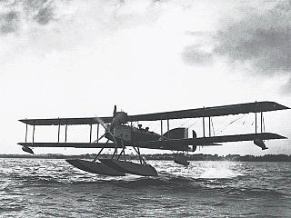 Short Type 184 maritime patrol and torpedo bomber float plane
