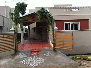 Kolam - Sikku (Knot or Twisted) Kolam in front of a house in Tamil Nadu during House warming