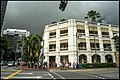 Singapore Raffles Hotel with storm over top-3 (31989597502).jpg