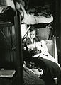 Sittende ung kvinne (1935).jpg