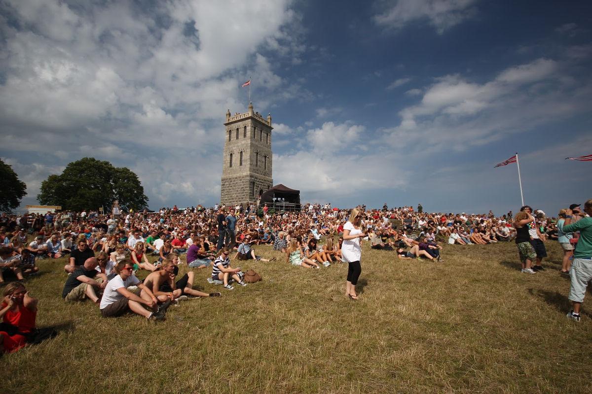 Bilderesultat for slottsfjellet festival