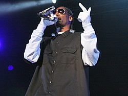 Snoop Dogg, 2011.jpg