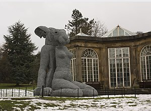 Wire - Sophie Ryder's galvanised wire sculpture Sitting at the Yorkshire Sculpture Park