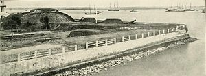 The Battery (Charleston) - Two ten-inch Columbiads at the South Battery guard Charleston Harbor (1863)