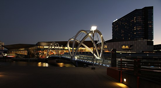 Grimshaw Architects Seafarers Footbridge & Melbourne Convention and Exhibition Centre in South Wharf