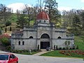 Spring Hill Mausoleum Apr 09.JPG