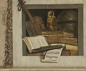 Stilleven met boeken, bladmuziek, viool, hemelglobe en een uil