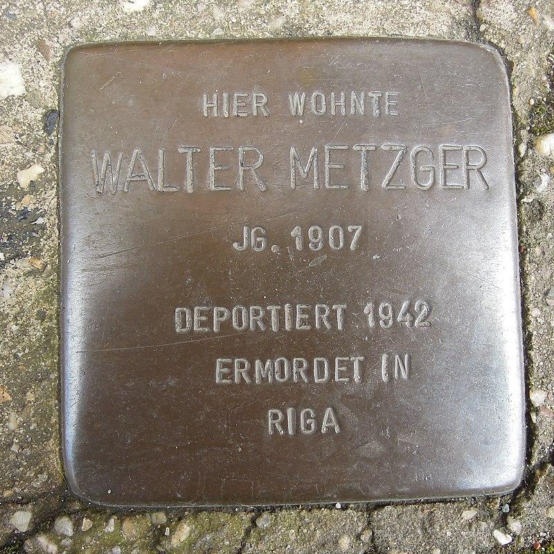 Stolperstein Dorsten Wiesenstraße 14-16 Walter Metzger.jpg