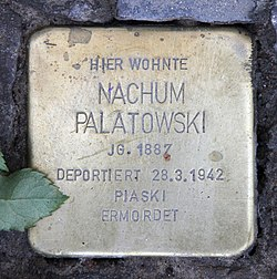 Photo of Nachum Palatowski brass plaque
