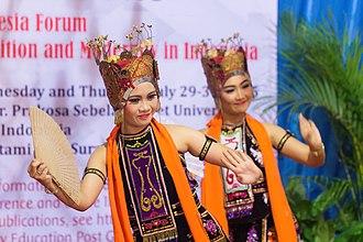 Gandrung - Students of Sebelas Maret University dancing the jejer portion of gandrung