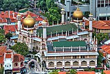 Sultan Mosque at Kampong Glam, Singapore (8124307795).jpg