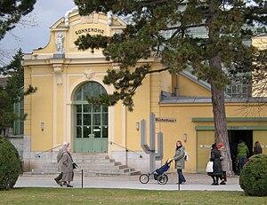 Wüstenhaus Schönbrunn - East side.