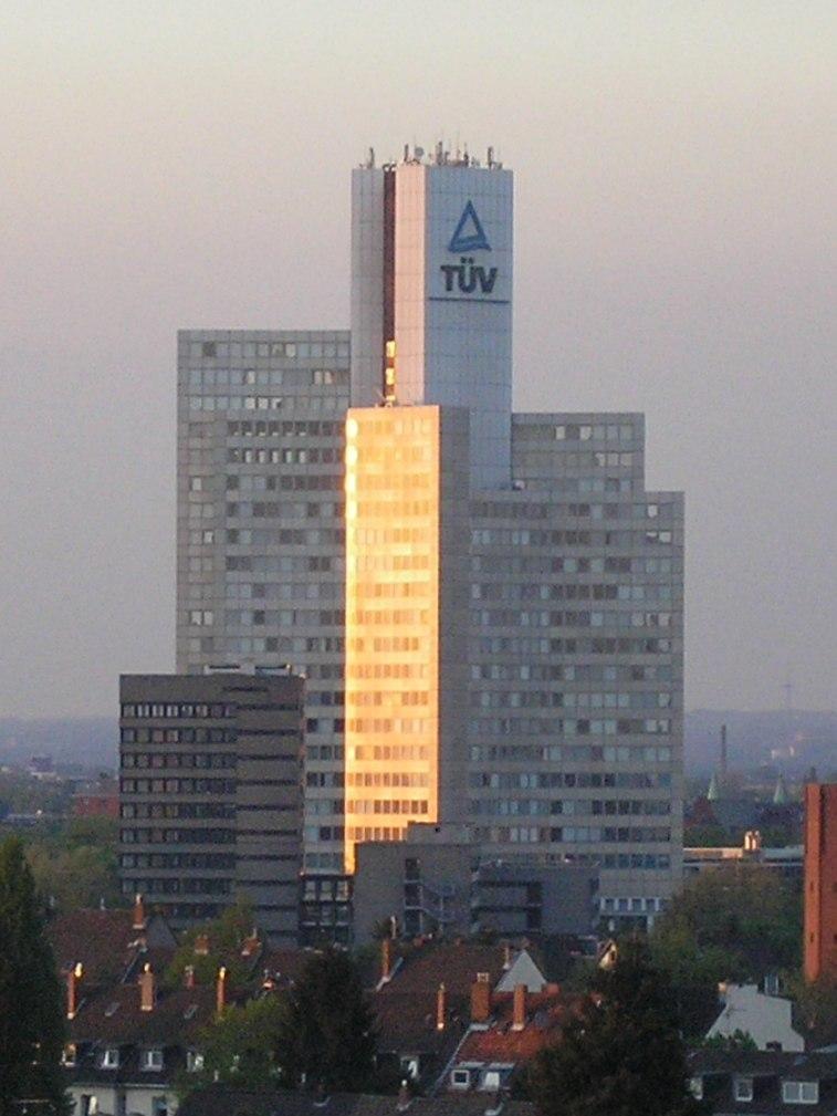 TÜV Rheinland, Köln-Poll