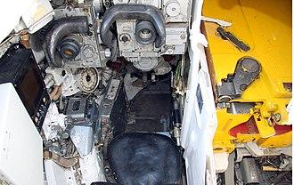 T-80 - T-80U gunner position