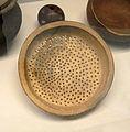 Tamis en terre cuite-Jia-Musée royal de l'Afrique centrale.jpg