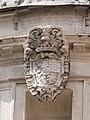 Tempietto, Wappen über Eingang.jpg