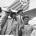 Terug uit Nieuw-Guinea, rechtsboven Harry Mooten , Blue Diamonds , Willy Vervoor, Bestanddeelnr 914-3347.jpg