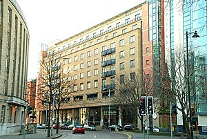 InterContinental Hotels Group - A 4-star upmarket Holiday Inn in Belfast City Centre
