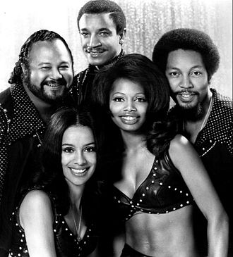 Lamonte McLemore - McLemore (top) with The 5th Dimension, 1971