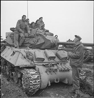 Colin Muir Barber - Major-General C. M. Barber in conversation with the crew of an Achilles 17-pounder tank destroyer near Goch, 20 February 1945.