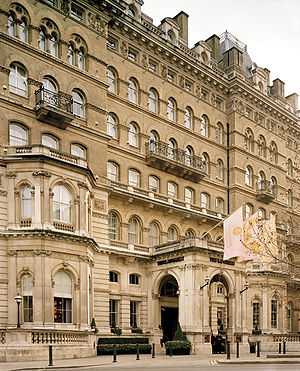 English: Exterior of The Langham, London