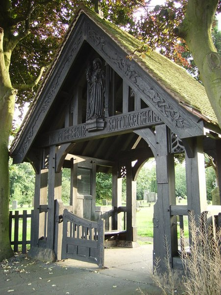File:The Lych Gates - geograph.org.uk - 508240.jpg