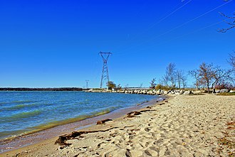 The Narrows, Manitoba - The view of The Narrows from the beach